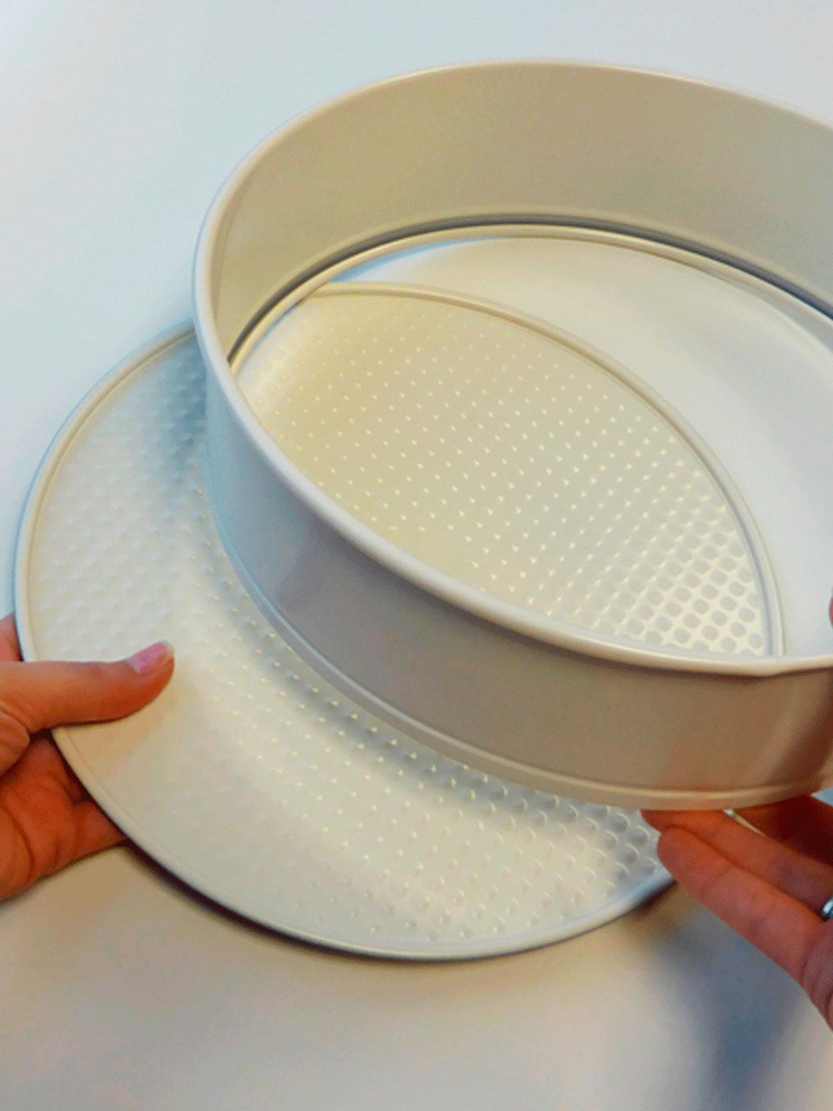 Molde redondo desmontable 26cm blanco menajeando for Menaje hogar online