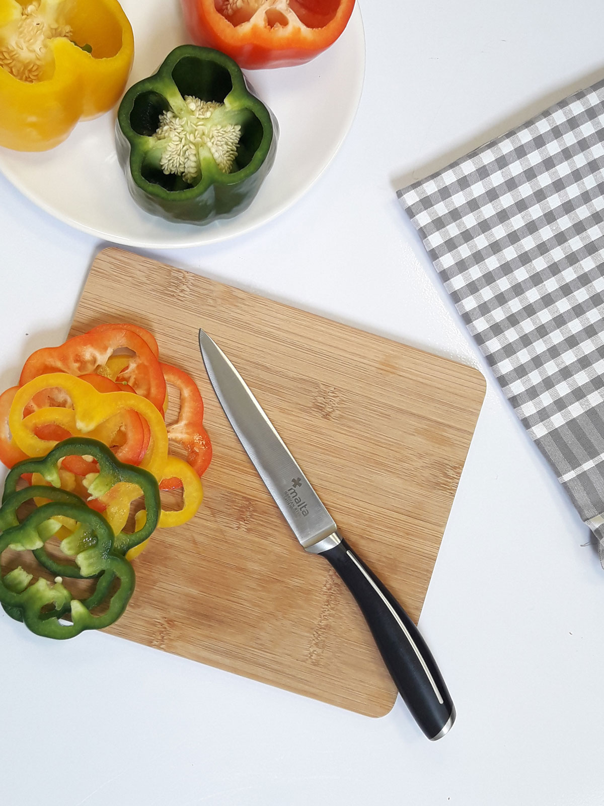 Cuchillo universal de cocina 13cm cruz de malta menajeando for Cuchillos de cocina
