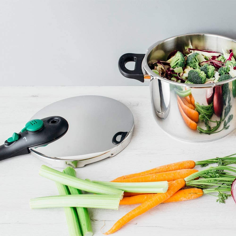 MAGEFESA DYNAMIC Olla a presión super rápida de fácil uso, acero inoxidable 18/10, apta para todo tipo de cocinas, incluido inducción. Pack exclusivo Olla+Cestillo.