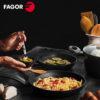 Sartén Fagor Vivant con Antiadherente Doble Capa, Aluminio Forjado de 3 mm Espesor, Compatible con Toda tipo de Cocina, inducción, Fondo difusor de Acero Inoxidable. Apta lavavajillas